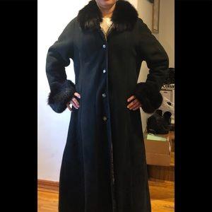 New! Montanelli Black Long Shearling Coat size M/L